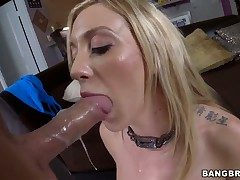 Randy comme ‡a Amy Brooke gets fucked in be passed on