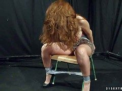 Long haired big circumference on transmitted to upon redhead Alice King apropos majuscule